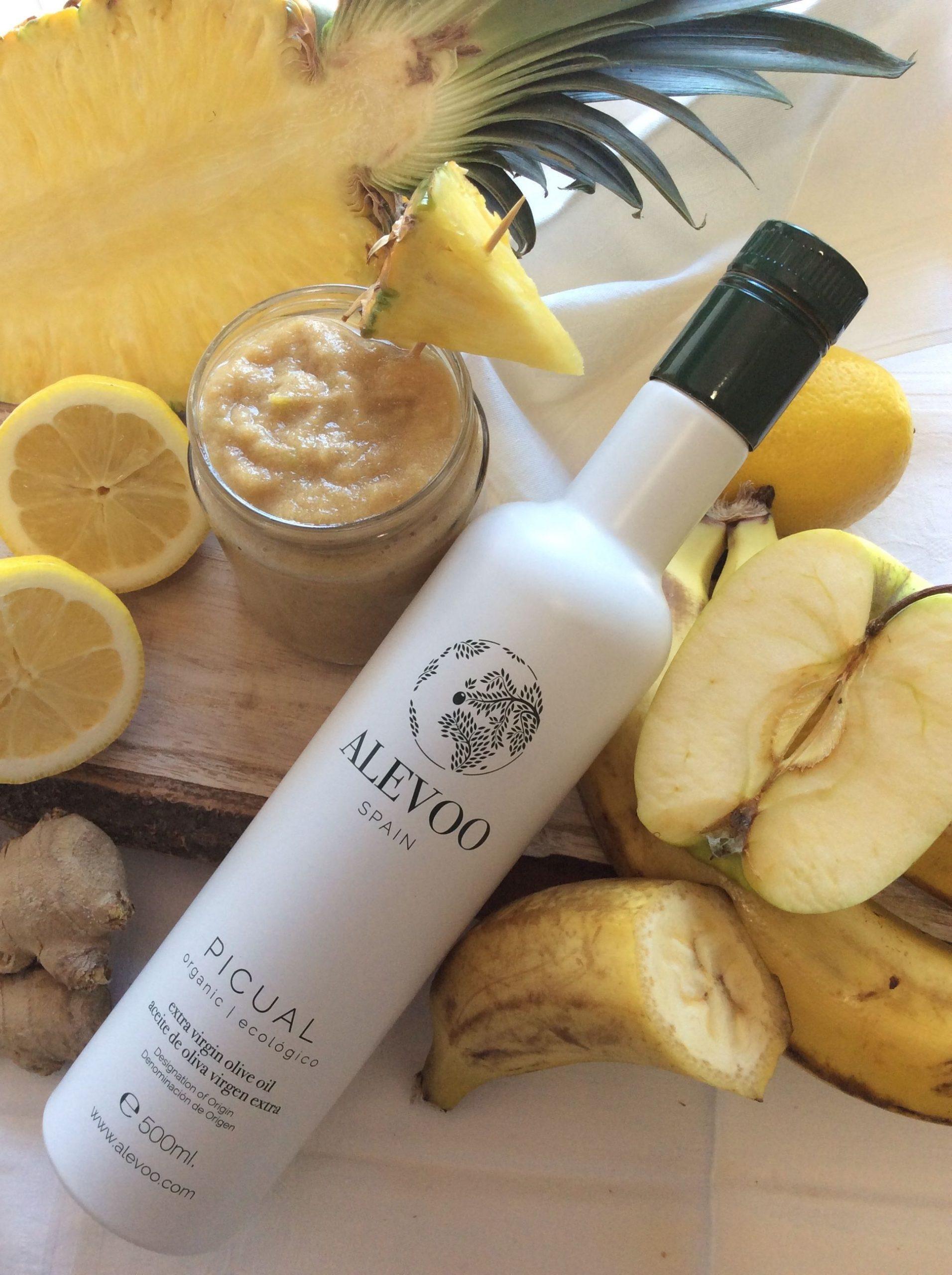 Plátano y manzana con aceite de oliva